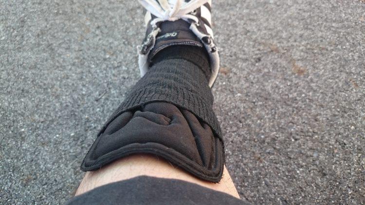 脛プロテクター